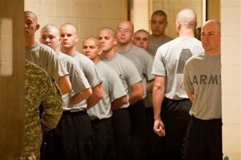 army women haircut training do you remember your first day of basic training rallypoint
