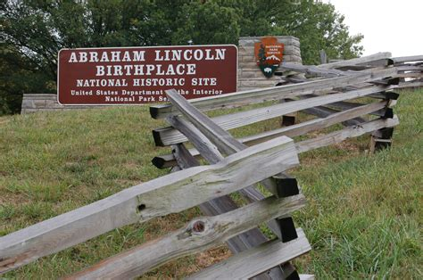 lincoln institute kentucky photo 75121 entrance to abraham lincoln birthplace