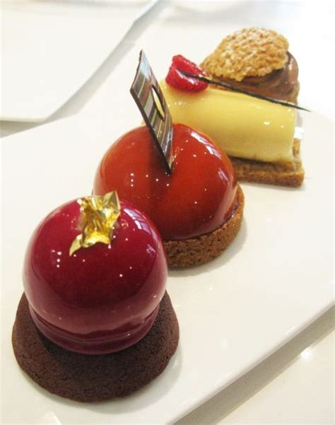 Petit Gateaux by Parisian Pastry Shops Are A Delight To Discover With These