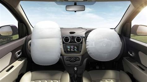 renault lodgy interior renault lodgy 85 ps rxe 7 seater price features car
