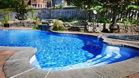 Backyard Pools Sacramento Closed Choosing A Design For A Swimming Pool In Sacramento Ca