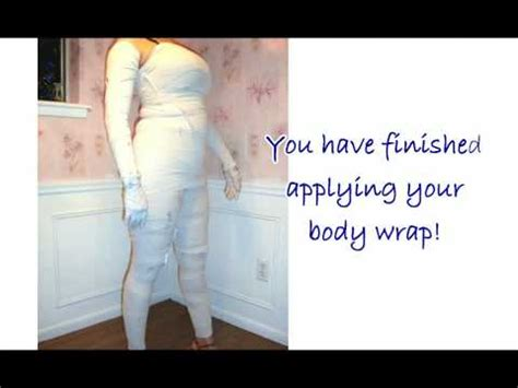 Dead Sea Mud Wrap For Slimming Detox by How To Apply A Dead Sea Mud Wrap For Slimming Detox