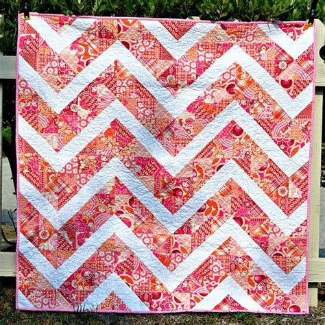 wonky zig zag quilt pattern 81 best zig zag quilts images on pinterest quilting