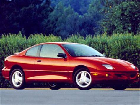 1999 pontiac sunfire fuel 1999 pontiac sunfire specs safety rating mpg carsdirect