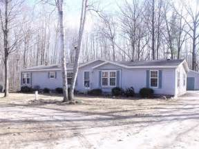 homes for in houghton lake mi 203 bay city trl houghton lake michigan 48629 foreclosed
