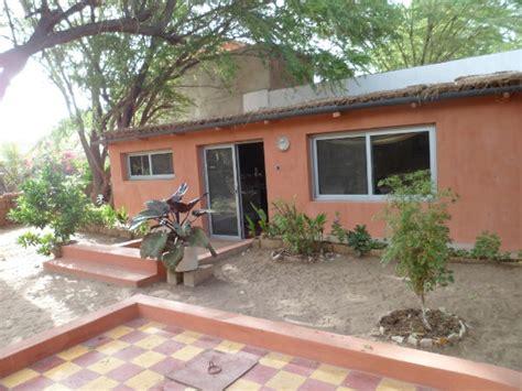 maison 2 chambres a louer a louer maison meubl 233 e 2 chambres avec jardin bango