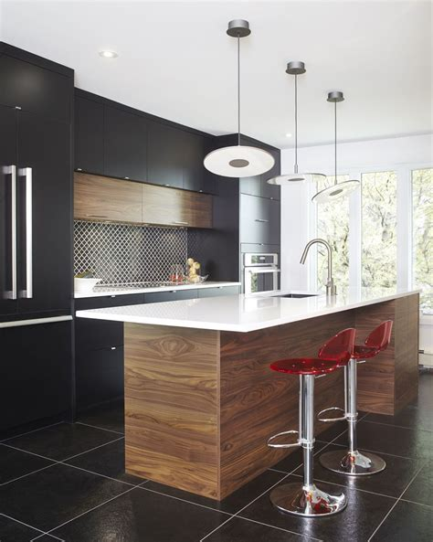 Cuisine Moderne Ilot Central 3898 armoires de cuisine moderne en merisier laqu 233 et noyer