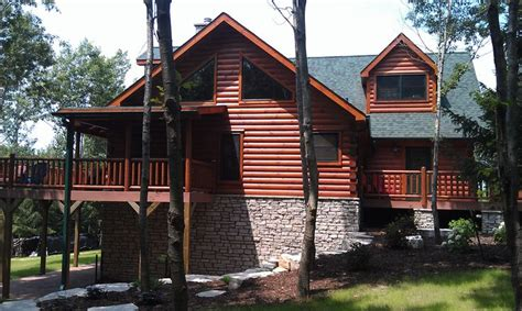 this jocassee 5 home has a beautiful all lower level