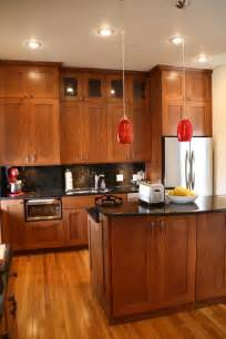 maple shaker cabinets kitchens pinterest
