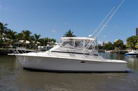ocean fishing boat for sale florida 2001 used ocean yachts 40 express sports fishing boat for