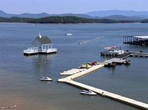 douglas lake bass boat rentals mountain harbor marina reviews dandridge tn attractions