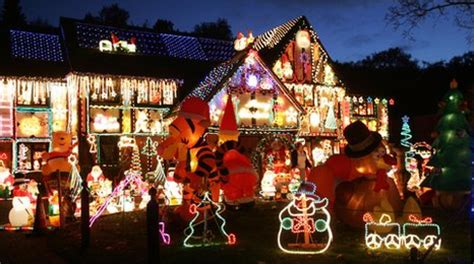 bbc berkshire man in christmas lights row leaves uk