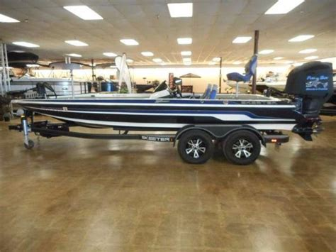skeeter bass boats reviews skeeter fx21 le big time bling in a bass boat boats