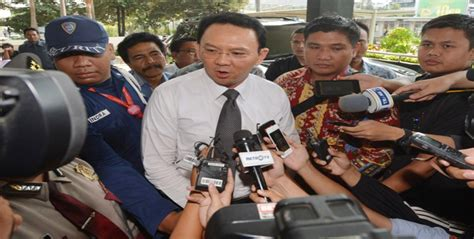 ahok ntt media ntt urgenkah demo ahok saat proses hukum sedang jalan