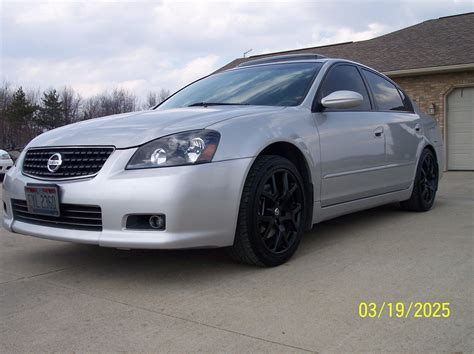 nissan 2005 modified serman11 2005 nissan altima3 5 se r sedan 4d specs photos