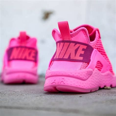 pink pattern huaraches 106 best images about gym wear on pinterest trainers