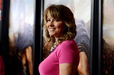 film lucy on tv lucy lawless in premiere of starz s quot spartacus war of the