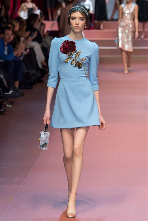 Wardrobe Fashion Show by Diane Kruger Shows Lithe Legs In Striking Blue