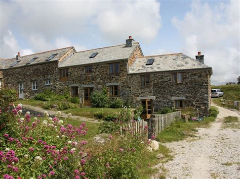 Cottages Mawgan Porth by E9201 Mawgan Porth Self Catering Cottage With