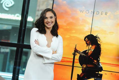 cast of the woman ranking gal gadot s wonder woman press looks