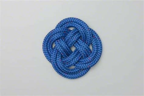 Simple Decorative Knots - carrick bend mat how to tie a carrick bend mat