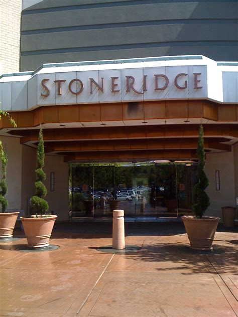 stoneridge mall map 301 moved permanently