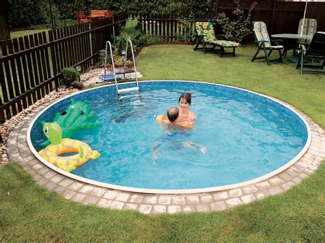 small inground pools small round inground pool backyard design ideas