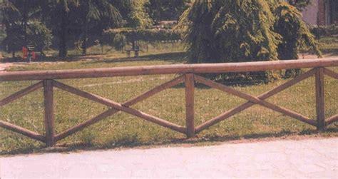 palizzate in legno per giardino staccionate in legno fai da te recinzioni