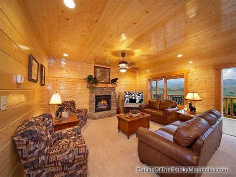 5 bedroom cabins in pigeon forge pigeon forge cabin mt leconte view 5 bedroom sleeps