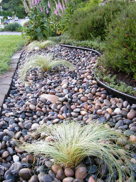 River Rock Garden Ideas Backyard Landscaping Eau Lathzan Garden Ideas Pinterest Backyard Landscaping