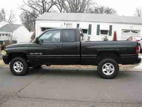 find used 2000 dodge ram 1500 sport extended cab pickup 4 door 5 9l in tafton pennsylvania find used 2000 dodge ram 1500 sport extended cab pickup 4 door 5 2l in saint louis missouri