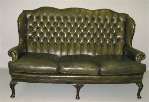 Olive Green Leather Sofa 298 Leather Sofa Olive Green Leather Tufted Back Th Lot 298
