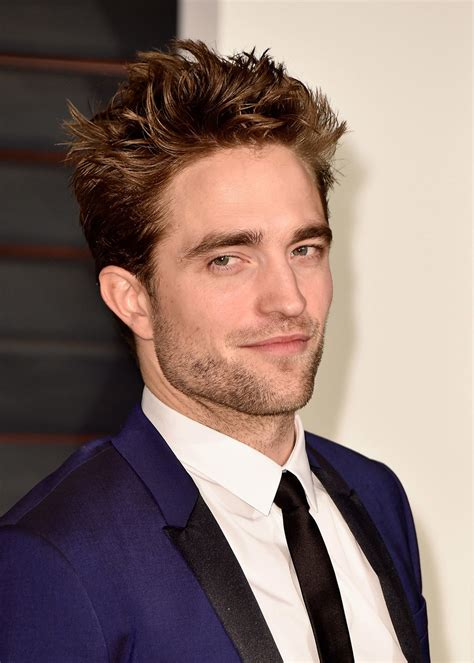Robert Pattinson Hairstyle by Robert Pattinson Says He S Designing A Line Of Clothing