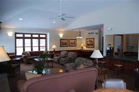oaks apartment homes rentals kalamazoo mi