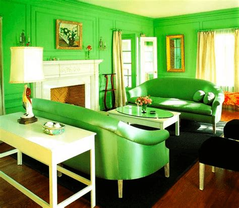 Green Room by 10 Monochromatic Rooms That Will Change Your Mind