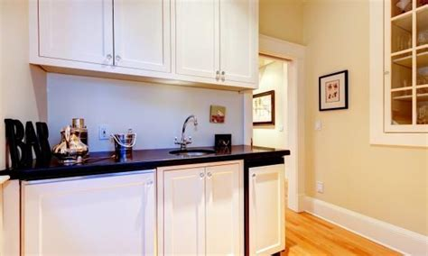 melamine kitchen cabinet the pros and cons of melamine kitchen cabinets smart tips
