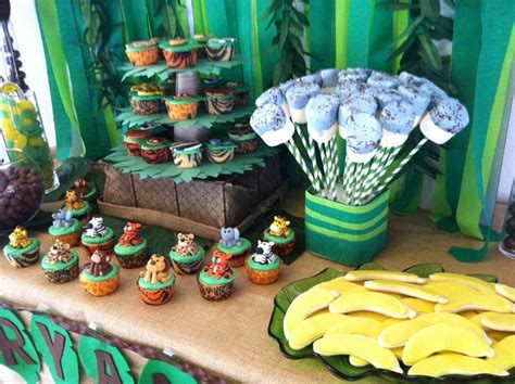 jungle theme baby shower table decorations jungle safari baby shower ideas photo 3 of 14