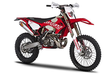 gas gas motocross bikes 2018 gas gas enduro gp 300 and 250 first look 11 fast facts