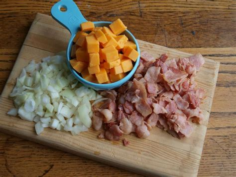 30345 bacon cheddar meatloaf jpg bacon cheddar meatloaf yummymummyclub ca