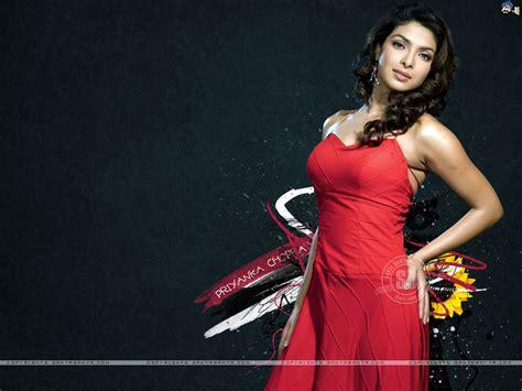 priyanka chopra santabanta forum bollywood actresses boobs legs and ass exposed closeup
