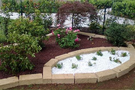 mattoni per aiuole giardino mattoni tufo giardinaggio mattoni in tufo per il giardino