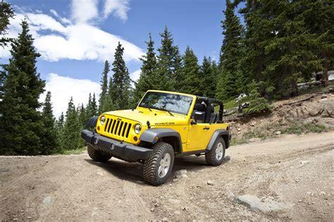 New Jeep Wrangler 2011 Jeep Wrangler Gets New Interior Autotribute