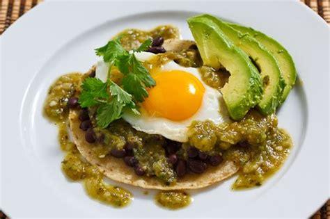 imagenes de salsas verdes salsa verde huevos rancheros recipe on closet cooking