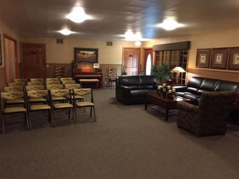 lind family funeral cremation services alexandria mn