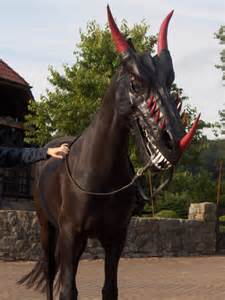 Show Pig Barn Designs A Dark Horse Irl Scary Mask For Your Horse Incredible