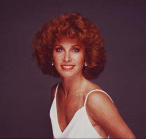 stephanie powers hairstyles in the series hart to hart 35 best stefanie powers images on pinterest stephanie
