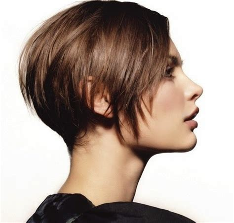 photos of hair growing out from short cut 12 tips to grow out your pixie like a model it keeps