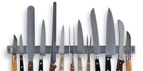 Knives In The Kitchen 12 Things You Should Never Do With Your Kitchen Knives