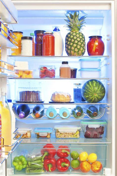 conservazione degli alimenti in frigo conservazione dei cibi cosa tenere fuori dal frigo www