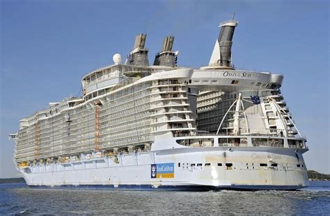 largest cruise ship being built oasis of the seas largest cruise ship built the center of the ship is open to a garden
